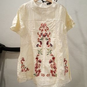 NWT Spool 72 Mexican Inspired Embroidered Dress